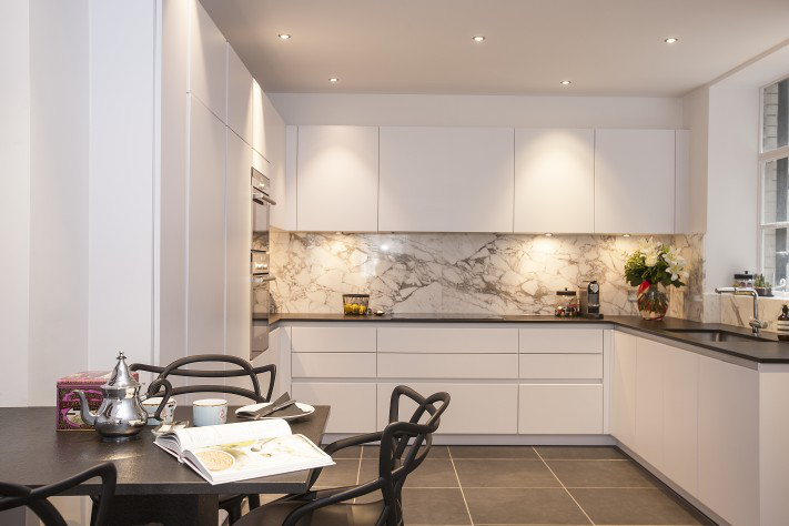 7 Tips to Choose the Right Splashback for Your Kitchen
