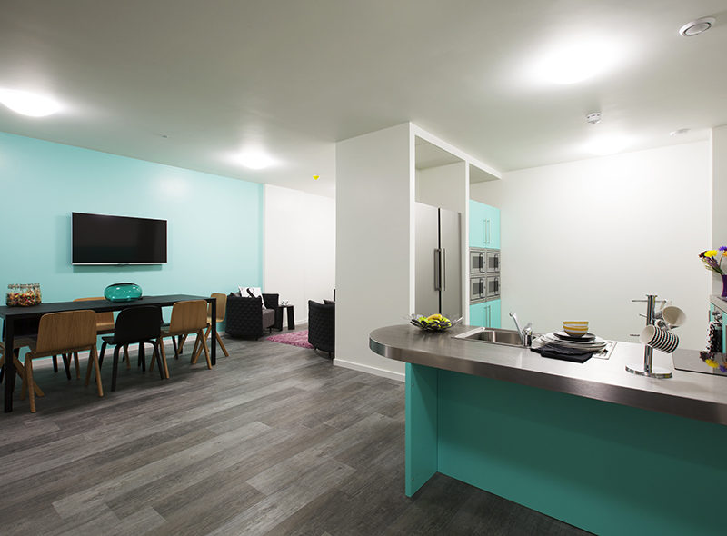 374_city-kitchen-and-lounge-1