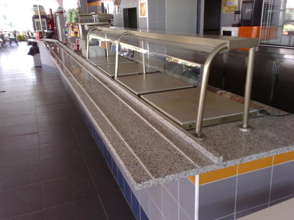 cheap-granite-Bianco-crystal-food-counter