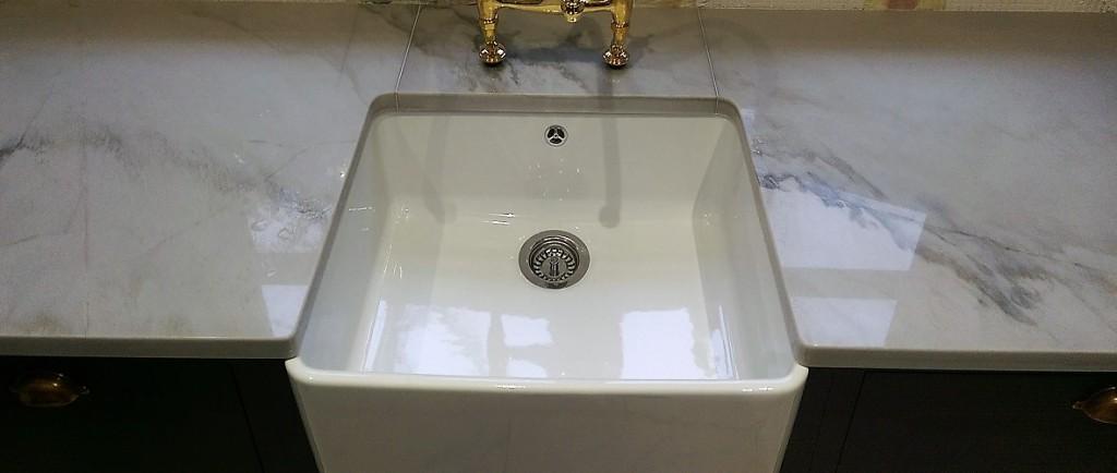 White Macaubas granite