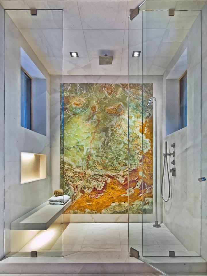 Onyx-bathroom